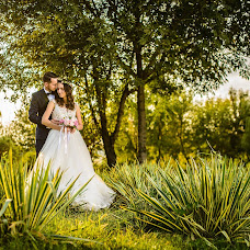 Wedding photographer Stelian Petcu (stelianpetcu). Photo of 17.03.2017