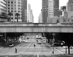 Photo: Crossing Fifth; Fifth Street west of Figueroa, downtown Los Angeles; August 2011