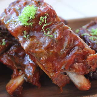 SLOW-COOKER BARBECUED RIBS.