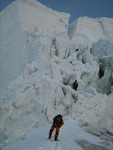 Photo: The difficultmost section of the entire expedition.. we started climbing..