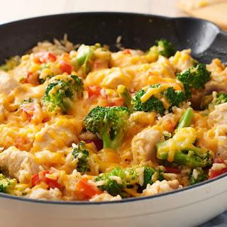 One-Pot Cheesy Chicken, Rice and Broccoli Recipe