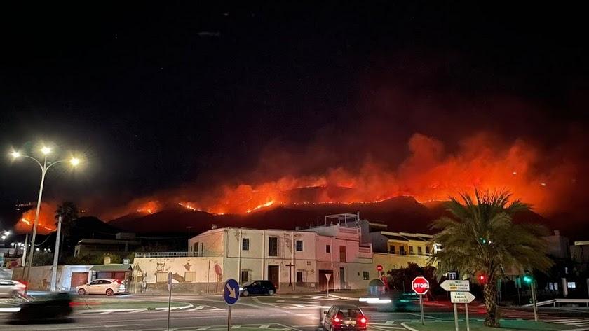 El incendio en Berja que ha afectado al paraje de Castala. Foto de Nacho Sánchez