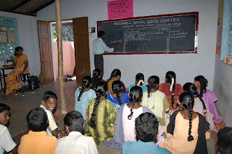 Photo: A IT class for young women in progress