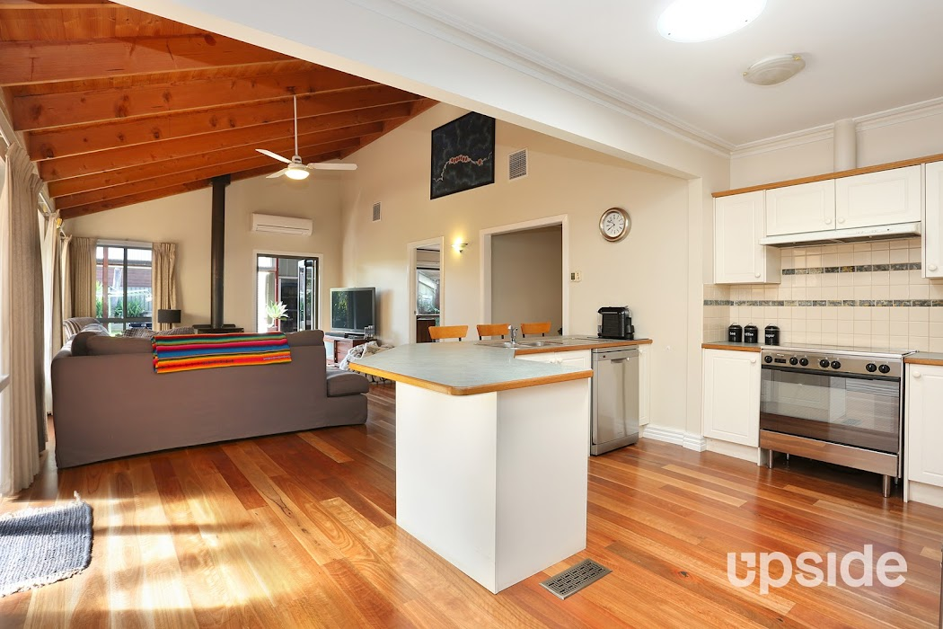 Main photo of property at 25 Robinson Street, Jacana 3047