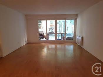 Appartement 4 pièces 93,7 m2