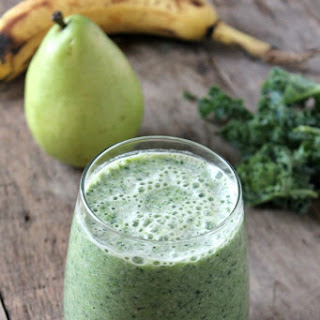 Kale Pear Green Smoothie.