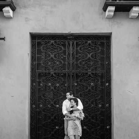 Wedding photographer Rafael Deulofeut (deulofeut). Photo of 18.05.2017