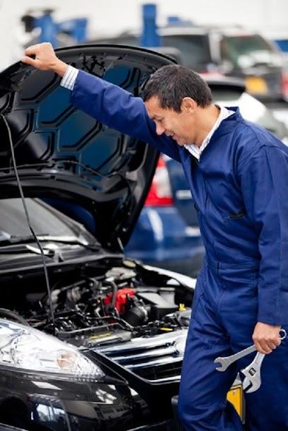 Bronx auto repair service technician.