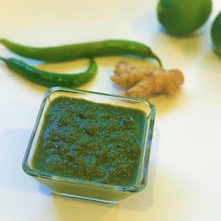 Green Chutney / Mint Cilantro Chutney.