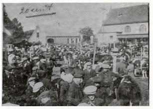 Photo: 1923 Veemarkt  Doelen (rechts Patronaatsgebouw en links boerderij de Craan)