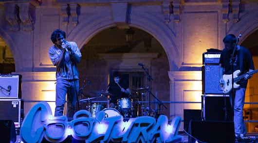 Carolina Durante y Compro Oro agitan una nueva noche de Cooltural Fest