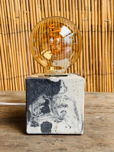 lampe en beton marbre fait-main