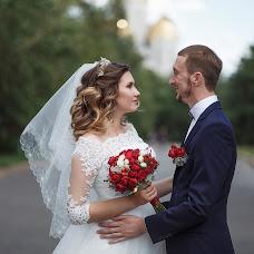 Wedding photographer Vitaliy Davydov (hotredbananas). Photo of 21.08.2017