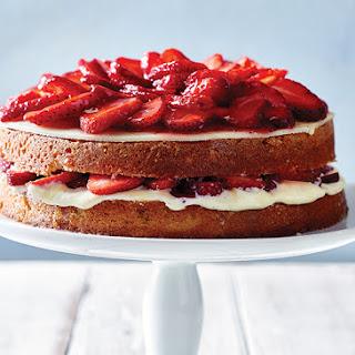 Le Fraisier French Strawberry Cake.