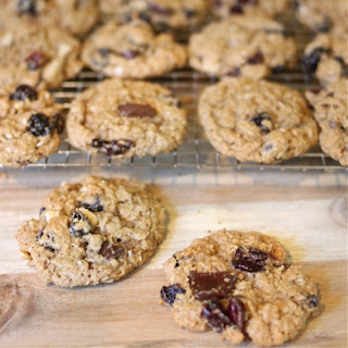 Oatmeal Cookies with Bonus Features
