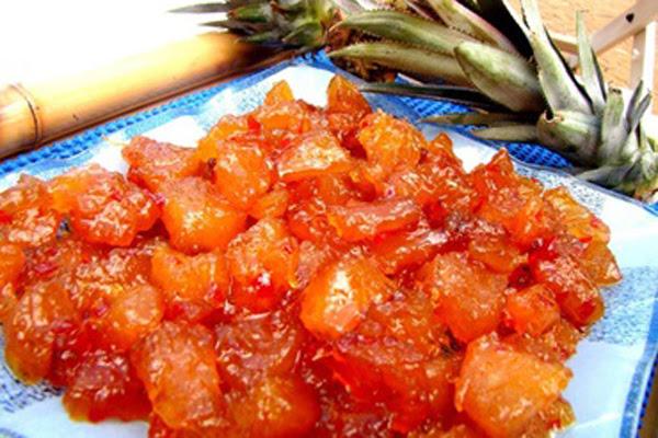 Abacaxi com Calda de Pimenta