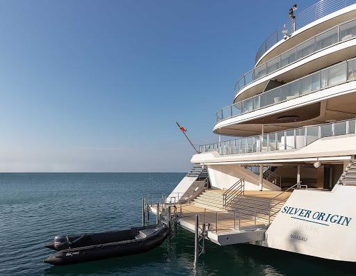 Marina-Silver-Origin2.jpg - Hop into a Zodiac to begin your exploration of the Galapagos on your Silver Origin sailing.