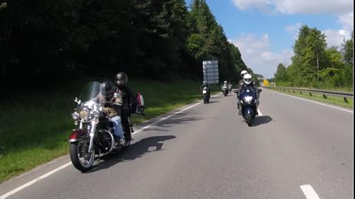 voyage moto dans les Pyrénées