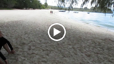 Video: With Zul and Jasmine at Tanjung Rhu beach (N Langkawi)