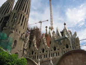 Photo: Kesken jäänyt kirkko