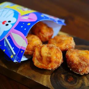 ローソンのドラえもん的からあげクン「チキンオムライス味」が懐かしいごちそうの味!