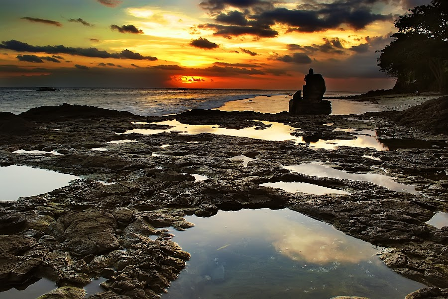 Pura Kaprusan by Aulia Yusuf - Landscapes Sunsets & Sunrises