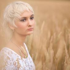 Wedding photographer Yuliya Mitrofanova (ameli2332). Photo of 05.02.2014