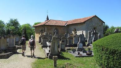 Photo: Het kerkhof van Marville