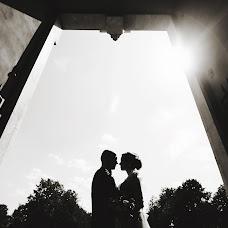 Wedding photographer Natalya Vitkovskaya (vitkovskaya). Photo of 08.02.2018