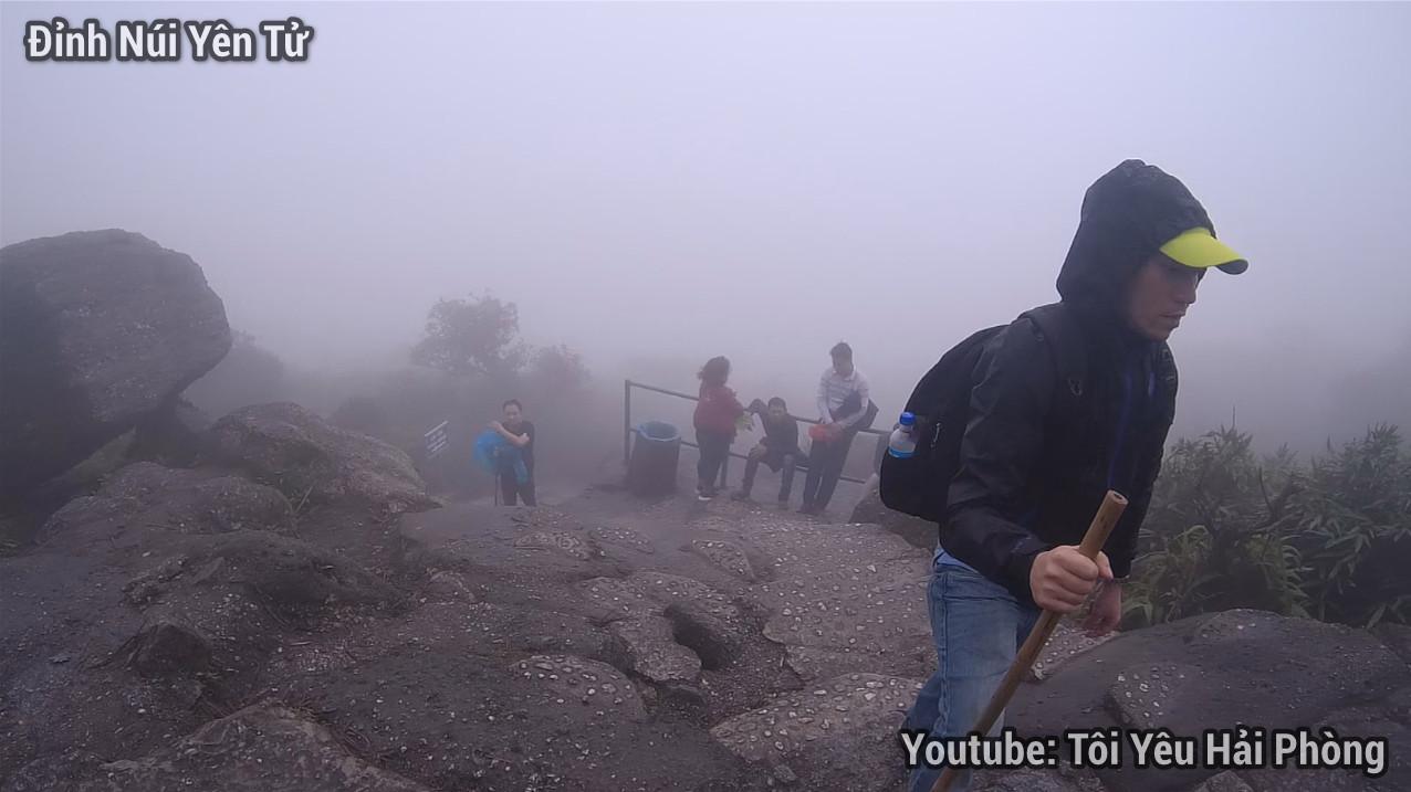 Gió quá to tại Chùa Đồng khi leo núi Yên Tử quảng ninh 2