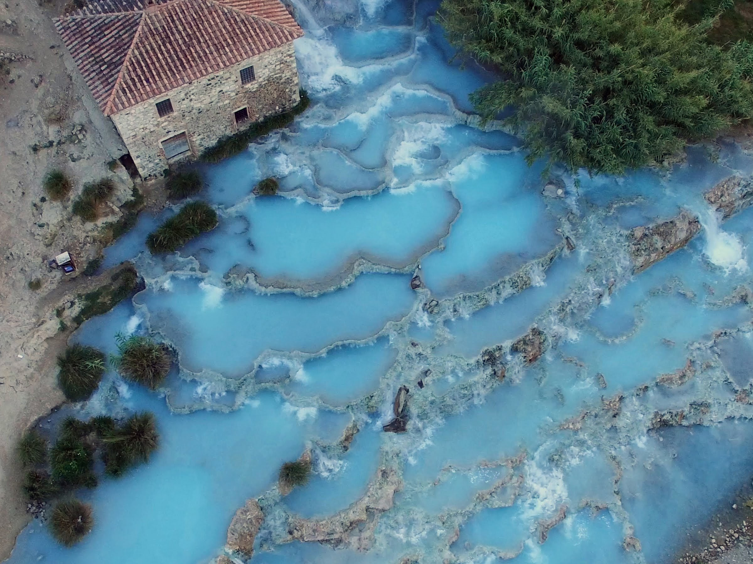 Tuscany, Saturnia, Cascate del Mulino in the early morning