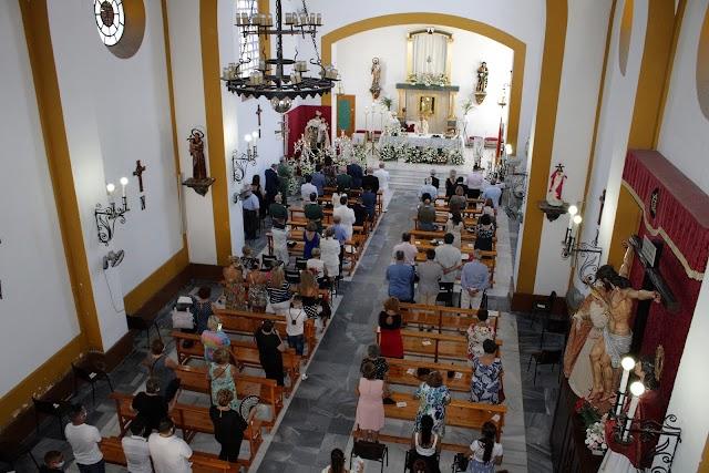 La iglesia de San Roque se llenó para la celebración de la Virgen del Carmen.