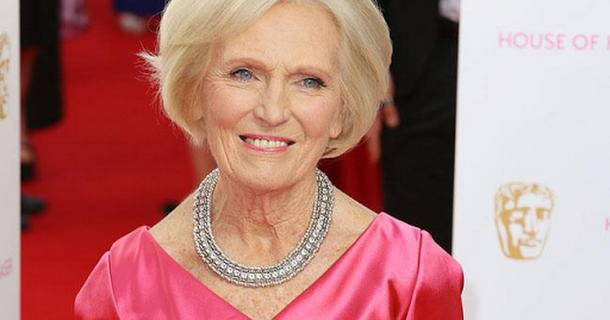 Mary Berry: Paul Hollywood's 'quite sexy'