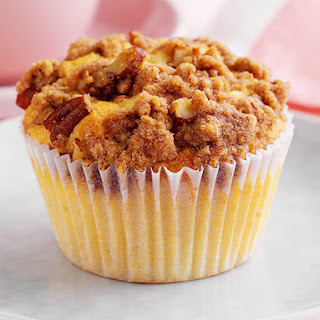 Apple Cupcakes with Streusel Topping