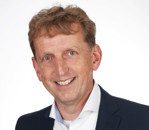 Marcel Reuvers, Chief Executive Officer, ContactCenter4All.