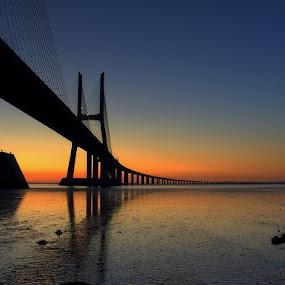 Sunrise in Tagus by Joaquim Machado - Landscapes Sunsets & Sunrises ( sunrise tagus lisbon portugal jomacphotography )