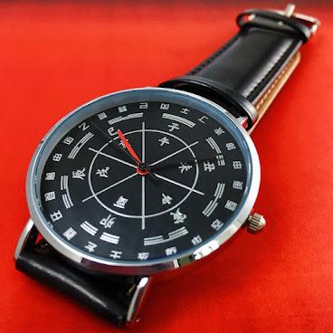 羅庚手錶⏲午,丁,未,坤,申,庚,酉.... 史無前例的設計👍🏻 我們永遠都喜歡向難度挑戰💪🏻 獨家設計😌讓你學會看時晨八字!❤️