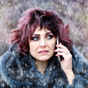 the phone by Alexandru Tache - People Portraits of Women ( love, new, phone, winter, metal, lifestyle, snow, artistic, wildlife, fashion photography, memory, photooftheday, street photography )