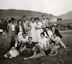 Photo: En la fiesta de Bielba 1955