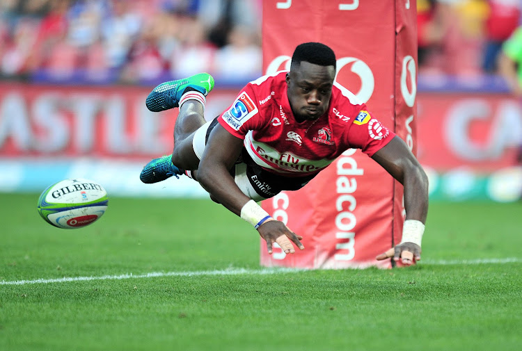 Madosh Tambwe of the Emirates Lions scores a try during Super Rugby local derby match against the Stomers at the Ellis Park Stadium, Johannesburg on 07 April 2018.