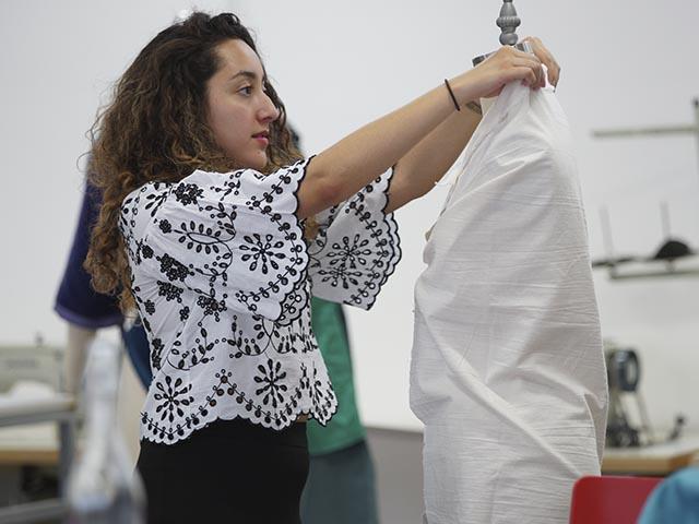 Estudia Diseño Textil y Moda en Centro