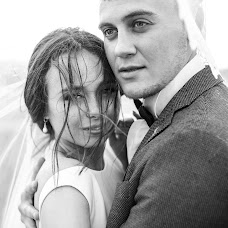 Wedding photographer Mikhail Pesikov (mikhailpesikov). Photo of 14.09.2018