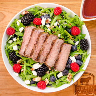 Summer Berry Steak Salad