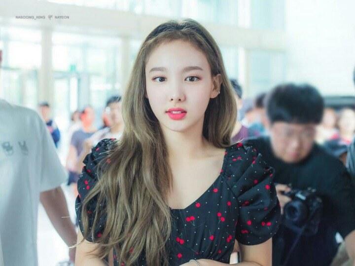 nayeon favorite dress 5