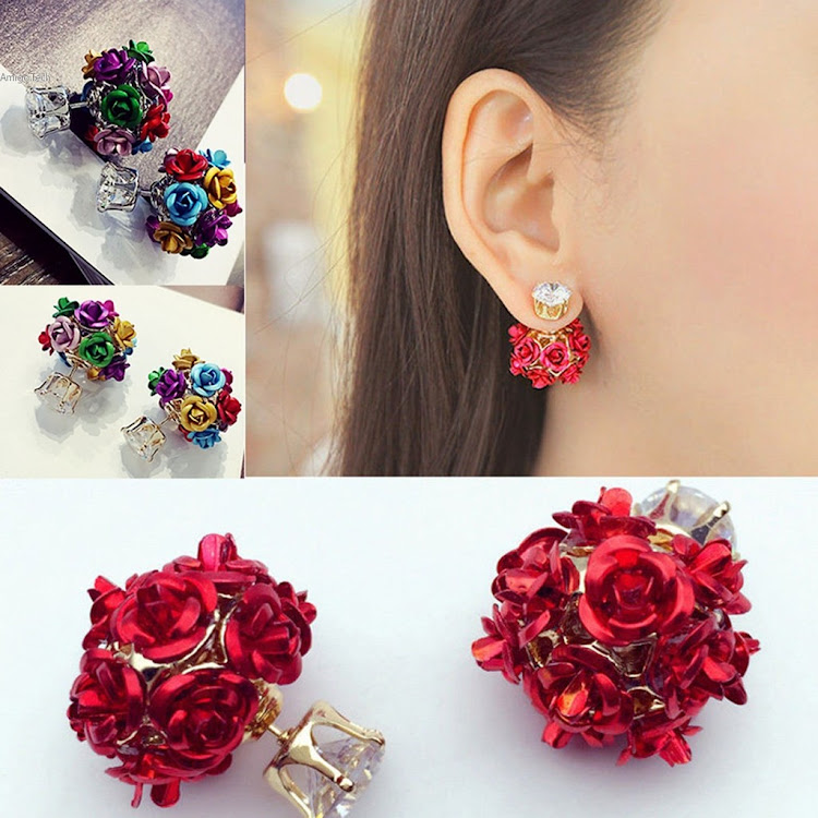 BIG CRYSTAL RHINESTONES BACK ROSES STUD EARRING