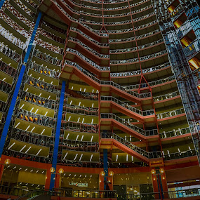 VERTIGO EFFECT by Michael Rey - Buildings & Architecture Office Buildings & Hotels ( state office, illinois, downtown, skyscrapers, atrium, chicago, architecture )