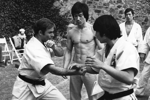 "Behind the scenes of ""Enter the Dragon"""