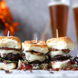 Espresso Rubbed Brunch Sliders with Vanilla Bacon
