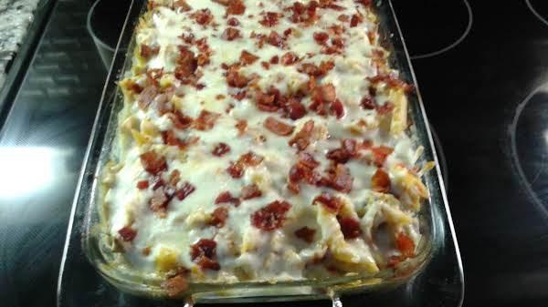 Cheesy Chicken, Bacon & Ranch Pasta Supreme