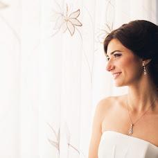 Wedding photographer Anton Esenin (AEsenin). Photo of 18.08.2014